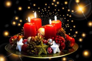 Kerzen für besinnliche Momente - Weihnachten bei Disco Möbel, Marbach